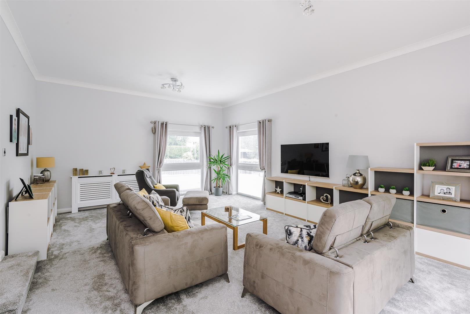 4 bedroom detached house For Sale in Bolton - DSC_6389.jpg.